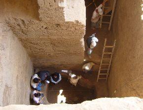 Plataforma funeraria de gran profundidas (11.5 metros bajo tierra), donde fue hallado el personaje mochica. Foto: ANDINA / Silvia Depaz