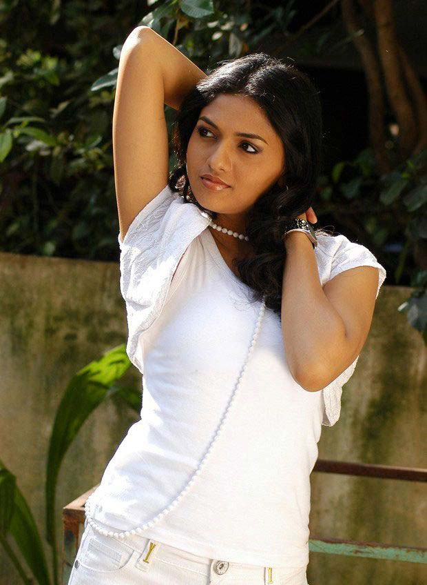 Gallery Boom: Telugu Actress Sunaina Hot Pictures