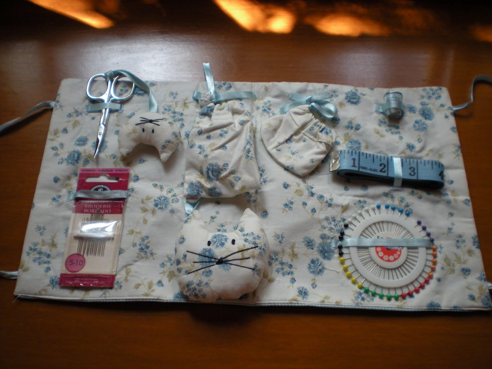 Les meves cosetes de punt de creu set de costura hello kitty - Set de costura ...