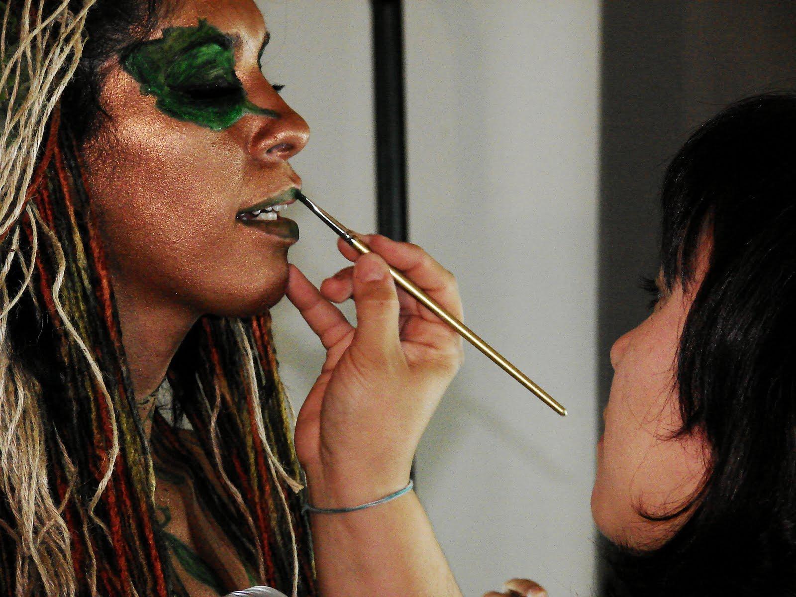 Donna bella arte y belleza estudio de maquillaje body - Estudio de maquillaje ...