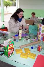 Professoras do Hercílio recriando jogos e brinquedos para a galerinha dos primeiros anos!
