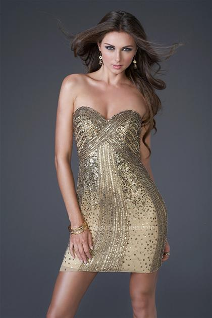 Prom Dresses at Peaches Boutique: December 2010