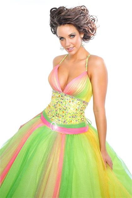 Prom Dresses At Peaches Boutique Simply Preciousecious Formals