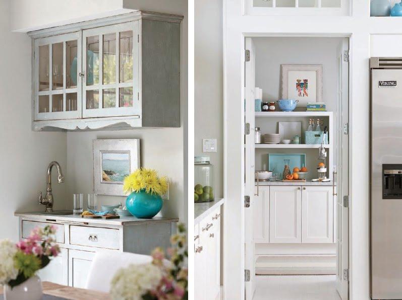 Gold cage beach cottage kitchen for Beach cottage kitchen cabinets