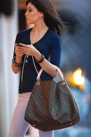 Pics of your Louis Vuitton in action | Page 1036 - PurseForum