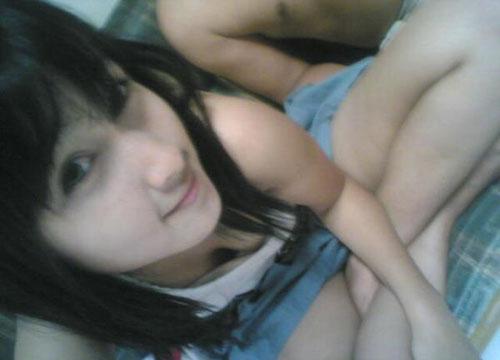 http://2.bp.blogspot.com/_C9pEH8C4hAA/ShjEaqW9mtI/AAAAAAAAAAU/eYCokOYL3Nw/s1600/ngesot-kesemek-anak-sma-17-tahun.jpg