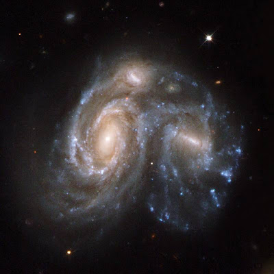 galaxies colliding in the Hercules constellation