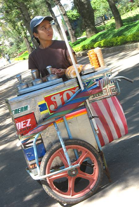 ice cream vendor in Burnham Park in Baguio City