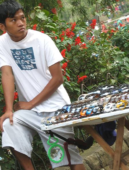 sunglass vendor at Burnham Park in Baguio City