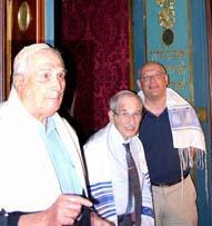 Giorgio Ottolenghi, in primo piano, con Walter Wolff e Daniele Segre