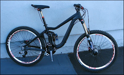 2009 Giant Reign 2 Specifications http://hagoromo.blogspot.com/2009/04/new-giant-reign-x-2010.html