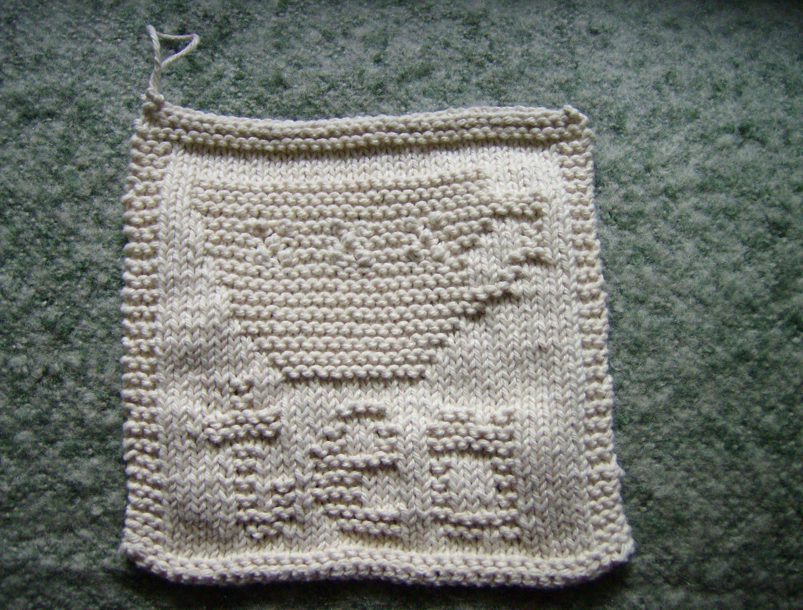 Knitting Knitwit: First Mini Bobble Attempt