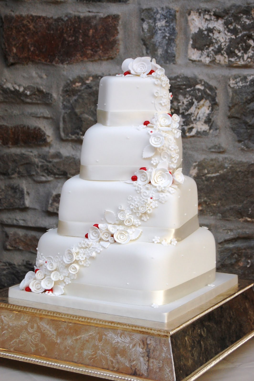 White Rose and Hypericum Berry Wedding Cake