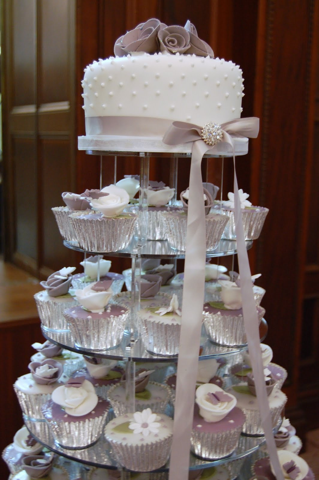 iced victorian lilac cupcake wedding cake. Black Bedroom Furniture Sets. Home Design Ideas