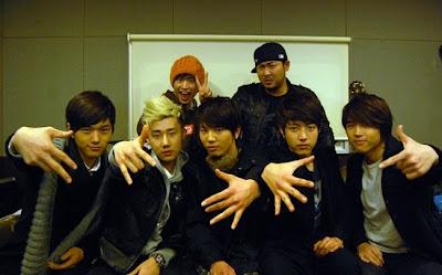 Tablo revela los rostros de los miembros de la boyband Infinite Dibujo
