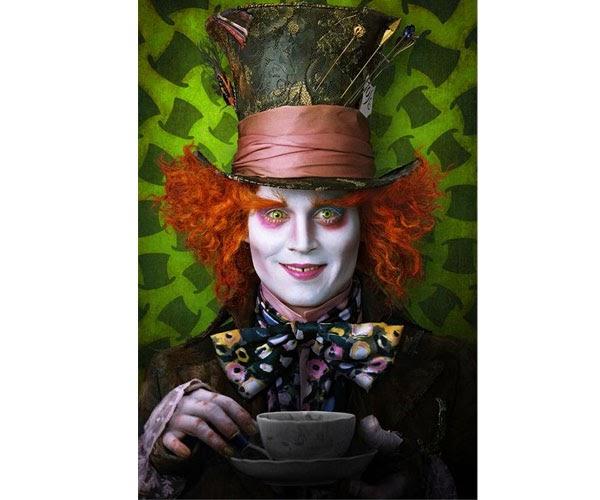La settima arte alice in wonderland le prime foto for Johnny bravo specchio