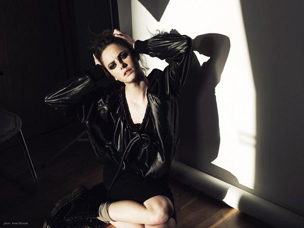 Laureen C. D'lacroix Kaya_scodelario_011