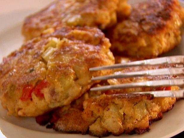 The Supreme Plate: Recipe Of The Day: Salmon Cakes