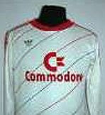 Camiseta alternativa de Bayern Munich en 1986