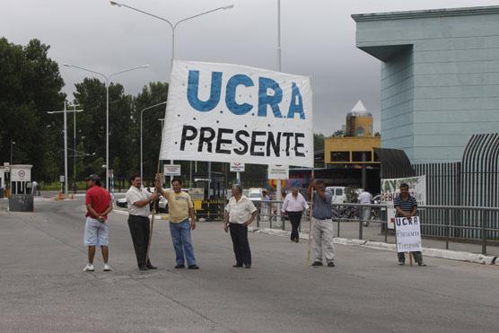 Tucumán: La protesta de la UCRA- CTA se hizo sentir