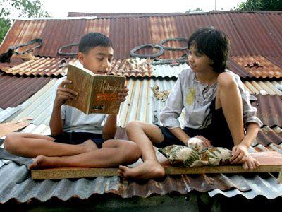 orangtua berperan penting dalam menumbuhkan minat membaca orangtua