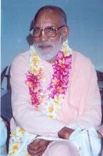 Todas as Glórias a Sri Guru e Sri Gauranga!