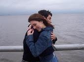 Un abrazo, siempre es un abrazo.