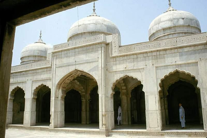 Moti Masjid Lahore