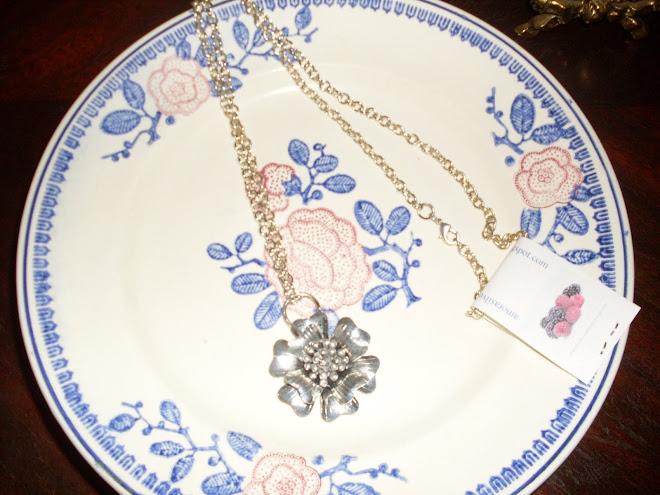 Fio Silver Blossom
