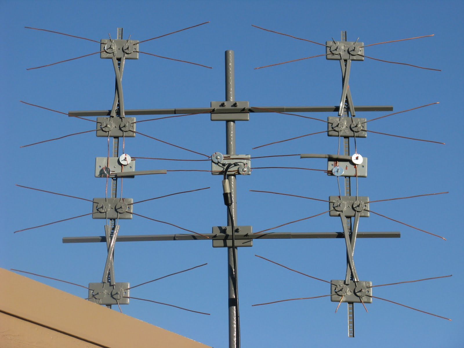 Простая антенна для цифрового телевидения DVB-T2