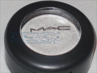 MAC+Eye+Shadow+Forgery+1