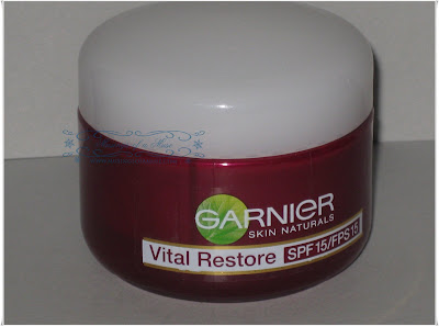 Garnier+Skin+Naturals+Vital+Restore+Moisturizer+3