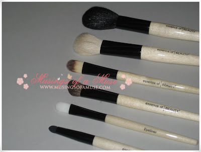 Essence+of+Beauty+Brushes+4