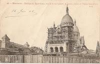 Basilique du Sacré Coeur, vue de la rue Lamark et à gauche, abside Eglise Saint Pierre