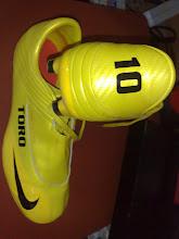 Nike Toro 10