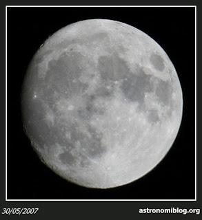 Fotografía de la Luna 30/05/2007