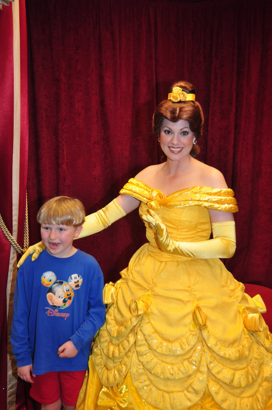 Williams Family Disney Princesses At Toontown Hall Of Fame