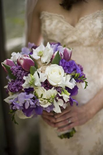 modern wedding colors with fuschia