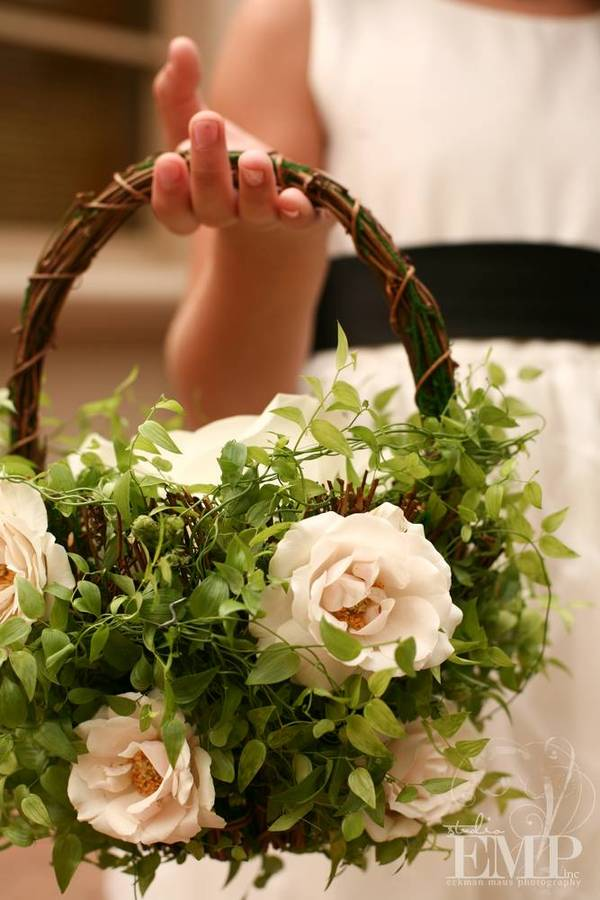 How To Make Flowers Girl Basket : Have fun with your flower girls erin volante floral