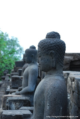 Buddha statue, Borobudur