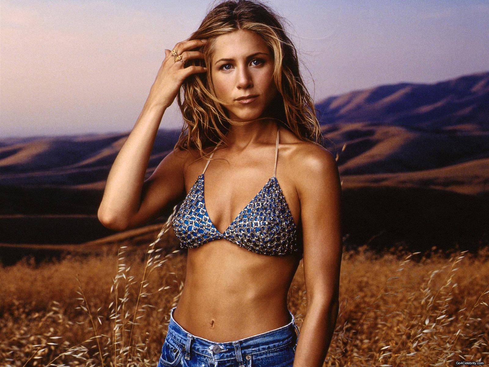 http://2.bp.blogspot.com/_CRsA2fUP4Ys/SxUosPECx1I/AAAAAAAAB6E/u3IzAaKfaPg/s1600/Jennifer+Aniston+6.jpg