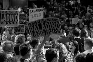 Paladino Crowd