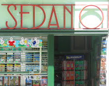 CAMINO TYPOGRAPHY 4: TRAVEL BOOKSHOP, BURGOS PHOTO: GRAHAM WARD 2005