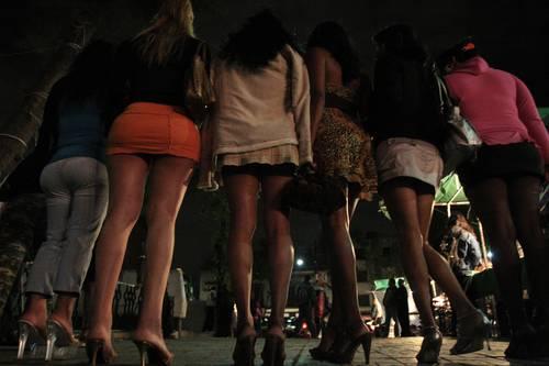 prostitutas maduras en sevilla prostitutas calle asturias