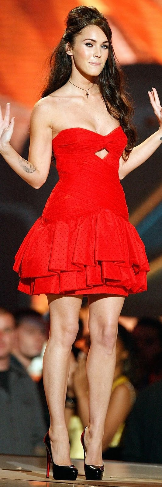 Valentines party # Inscripciones abiertas Megan-fox-red-dress.jpg