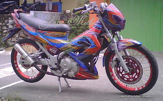Jape Methe Planet Airbrush: Satria FU Rainbow