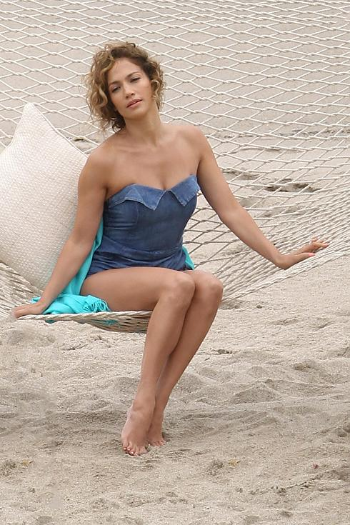 Jennifer Lopez Beach