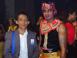 Mas Tiyas dan Irami Uluinasaravi Bulimaivale