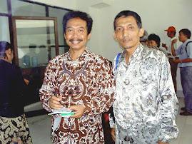 Mas Tiyas dan Dr Agus Burhan MHum