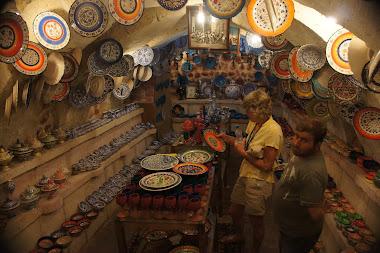 Plate bazaar in Avanos